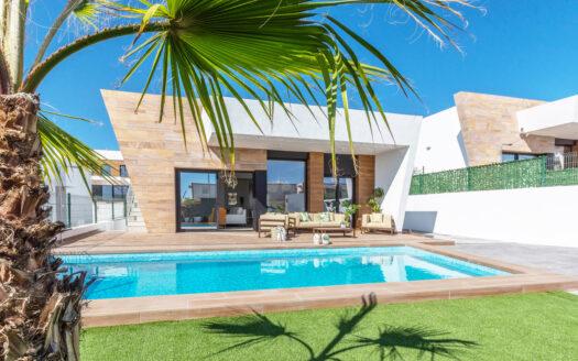 New large modern Villa with beautiful views in Benidorm!