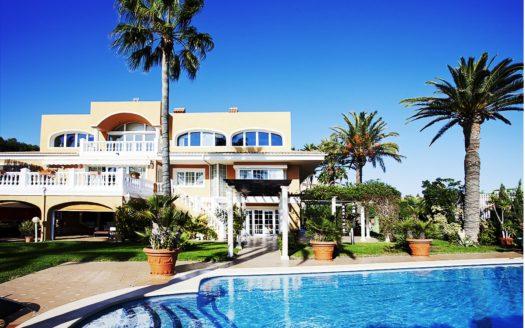 Casa de lujo única junto al mar en Alicante!!!