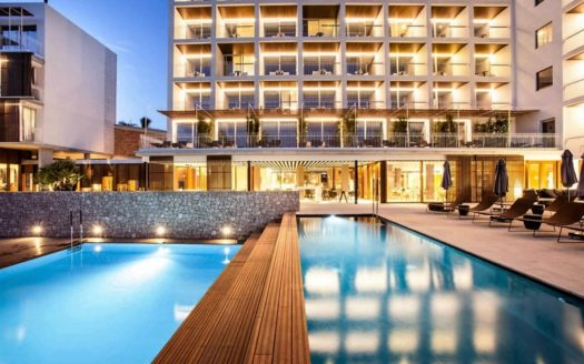 Amazing Hotel 3 * in Ibiza!