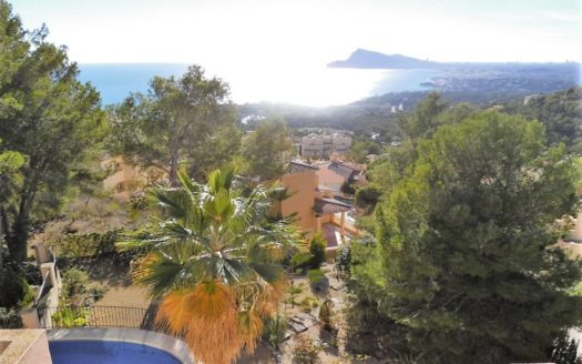 Beautiful, cozy Villa in the best residential complex Altea Hills with sea view!