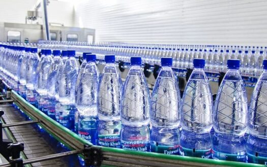 Bottled-water factory in Spain!