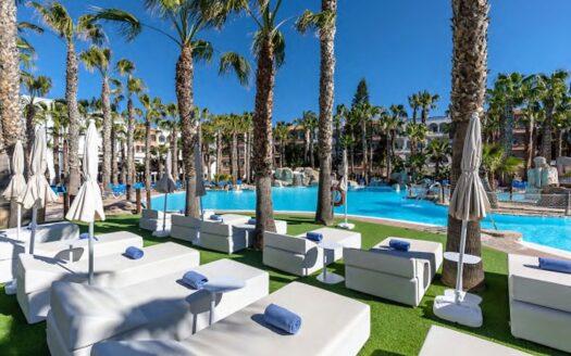 Excelente oferta de inversión: ¡Lote de tres Hoteles de 4*!