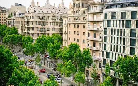 Для быстрой продажи: Отель 2* в самом центре Барселоны!