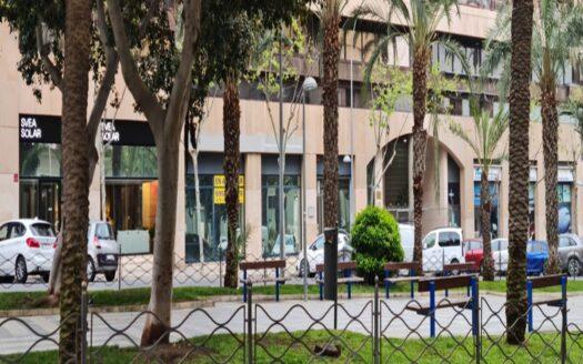 Commercial center in Alicante!