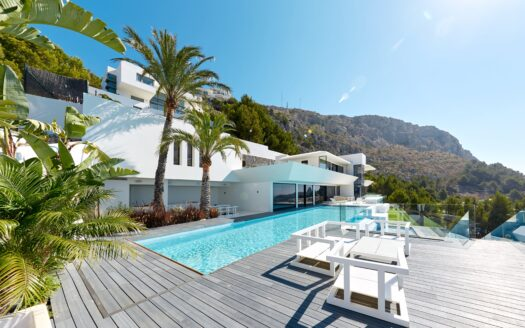Luxury Villa with stunning sea views in Altea Hills!